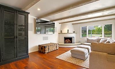 Living Room, 250 Bonnie Lane, 2