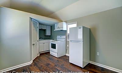 Kitchen, 660 E 34th St, 0