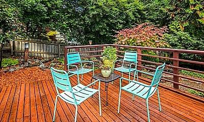 Patio / Deck, 5702 36th Ave NE, Seattle, WA 98105, 2