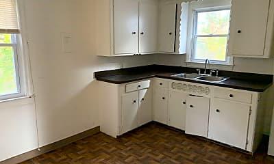 Kitchen, 16017 Grant Ave, 1