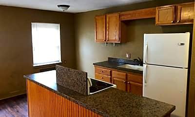 Kitchen, 1421 SE 2nd St, 2