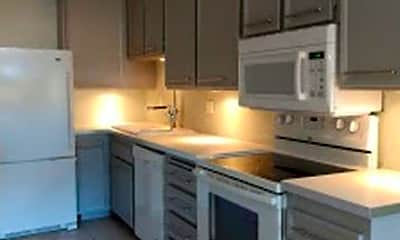 Kitchen, 701 Los Felices Cir W, 2
