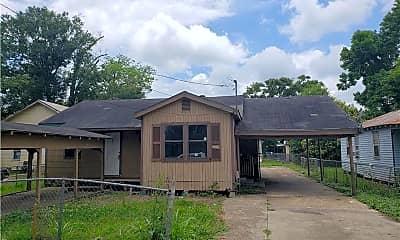 Building, 127 Longfellow Ct, 0