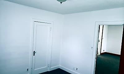 Bedroom, 604 N Nanum St, 2