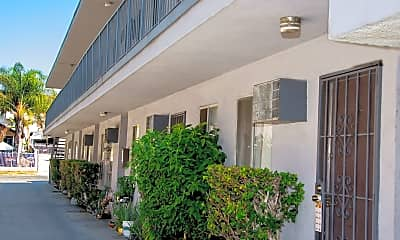Building, 3348 Andrita St, 2