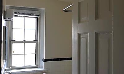 Bathroom, 841 Highland Ave, 1