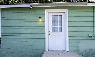 Front door.JPG, 283 Old Hwy 99, 0