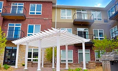 Courtyard, Remington Cove Apartments, 2