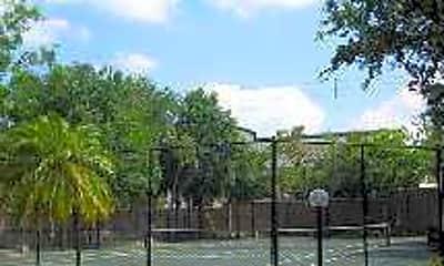 Marina Oaks, 2