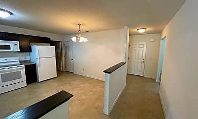Living Room, 12423 Hummingbird Cove, 2