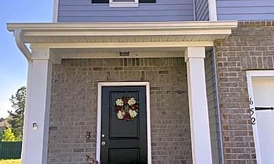Building, 652 Hogan Dr, 0