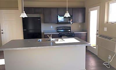 Kitchen, 4815 Golden Gate Ave, 1