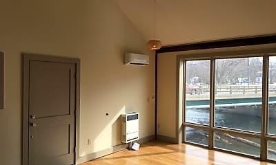 Living Room, 360 Main St, 0