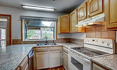 Kitchen, 3906 Cottonwood Dr, 1