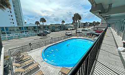 Pool, 2710 S Ocean Blvd, 2