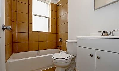 Bathroom, 3407 Fairview Ave, 2