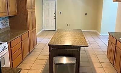Kitchen, 226 Glenmore St, 1