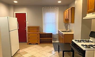 Kitchen, 631 N Belnord Ave, 1