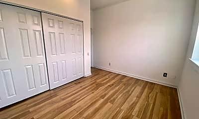 Living Room, 102 Church St, 1