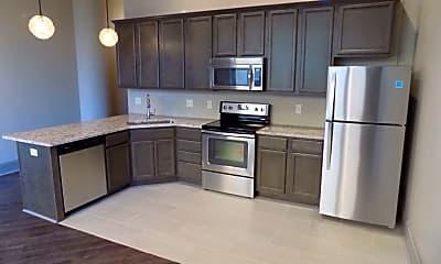 Kitchen, 212 Brady St Parker, 1