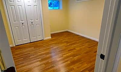 Bedroom, 54 Shady Ln, 1