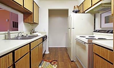 Kitchen, Aviare Place Apartments, 1