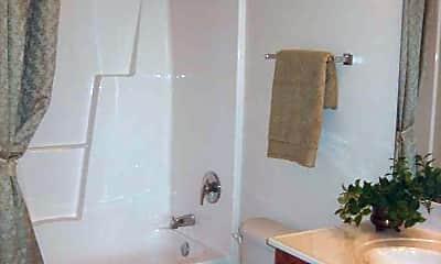 Bathroom, The Glenns At Elon, 2