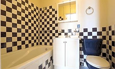Bathroom, 1629 W 17th St, 2
