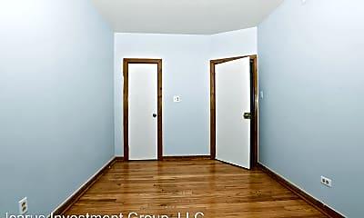 Bedroom, 6237 S Kedzie Ave, 2