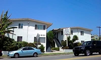Building, 3003 Rowena Ave, 0