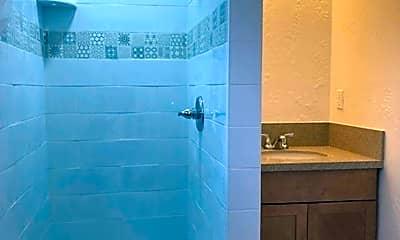 Bathroom, 5233 E Ocean Blvd, 1