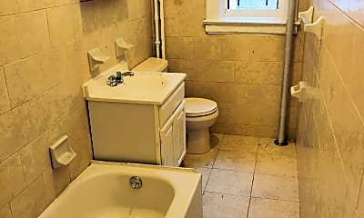 Bathroom, 40 Vermilyea Ave, 2