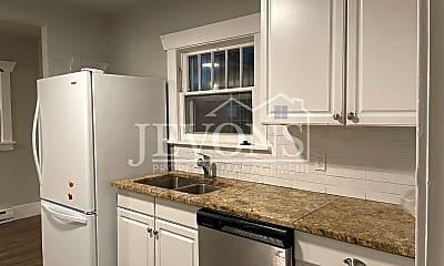 Kitchen, 4124 S M St, 1