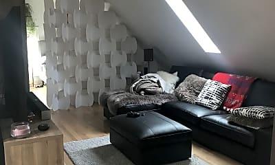 Living Room, 2723 N Downer Ave, 0