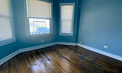 Living Room, 305 W 95th St, 1