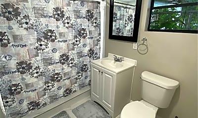 Bathroom, 1515 E 31st Ave STUDIO, 2