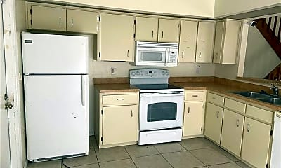 Kitchen, 4568 Pheasant Run Dr, 1