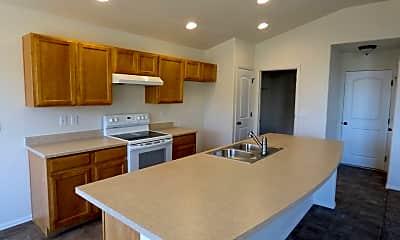 Kitchen, 729 Elk Mountain Dr, 1