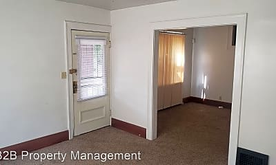 Bedroom, 1121 West Ave, 0