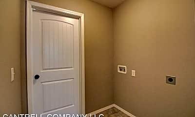 Bedroom, 862 S Waco Ave, 2