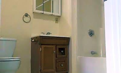 Bathroom, 111 Main St, 2