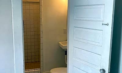 Bathroom, 1516 Coit Ave NE, 2