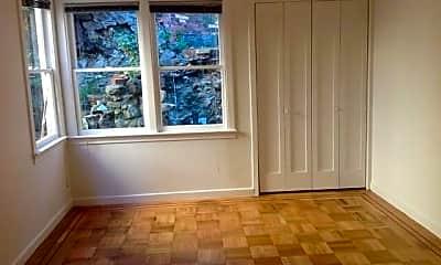 Living Room, 1049 Carolina St, 1