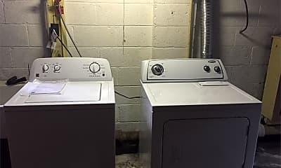 Bathroom, 181 Briner Ln, 2