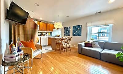 Living Room, 333 S 22nd St, 1