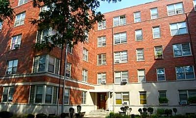 Building, 2600 W Berwyn Ave 501, 0
