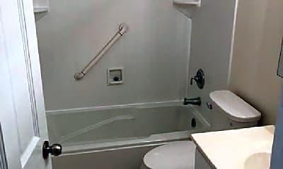 Bathroom, 713 Shoreline Cir, 2