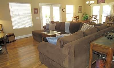 Living Room, 200 Michael Cir, 1