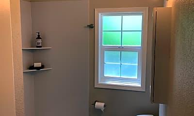 Bathroom, 2827 O St, 2