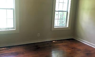 Living Room, 611 Choctaw Rd, 2